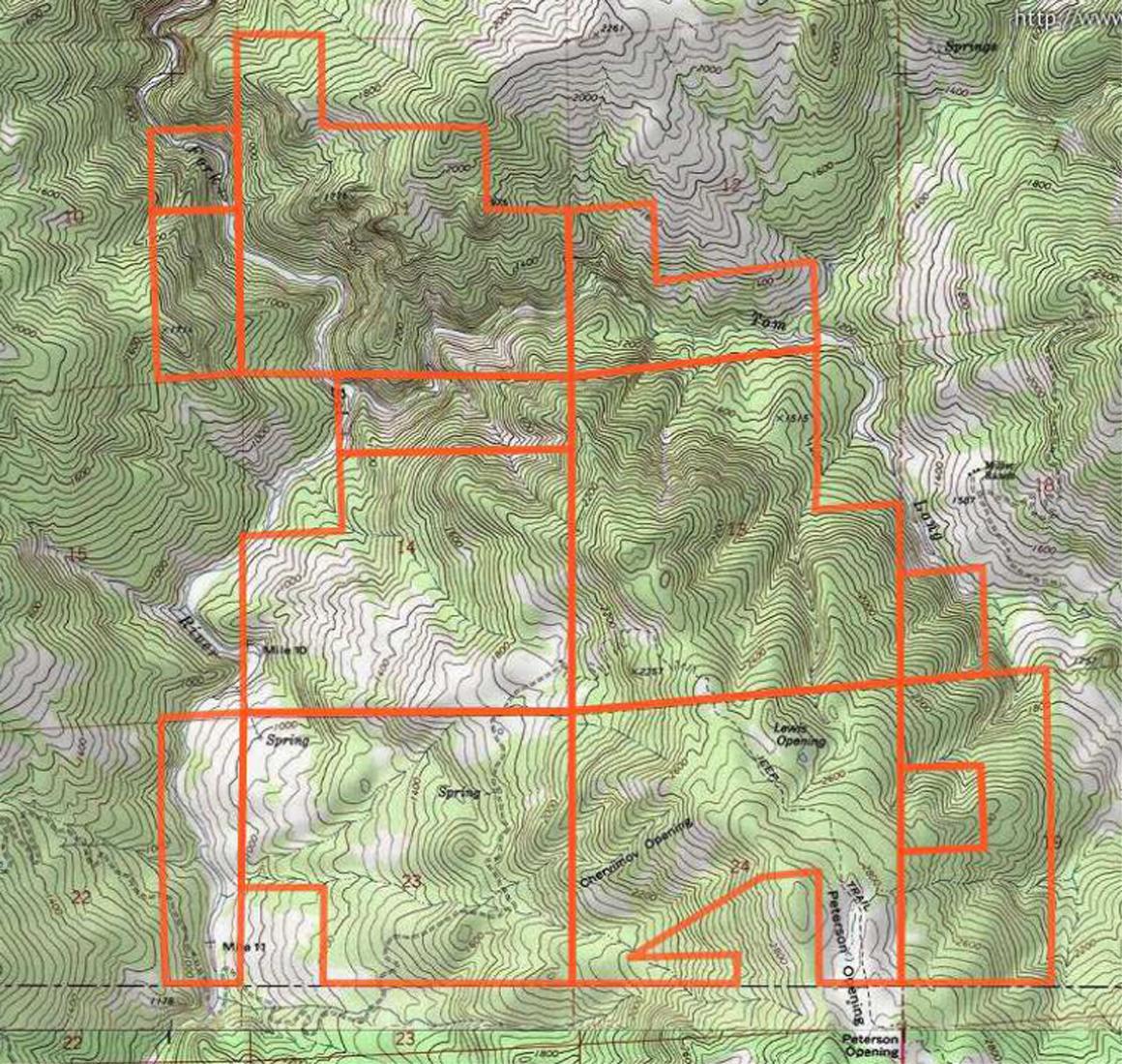 Topo map shows apns not legal parcels
